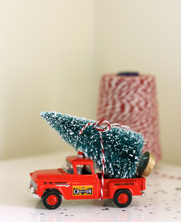 christmas tree holiday truck