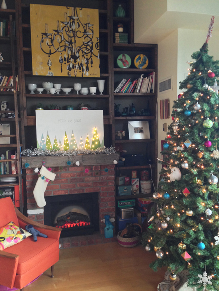 HOLIDAY DIY WEEK: merry & bright DIY Christmas art for your mantel