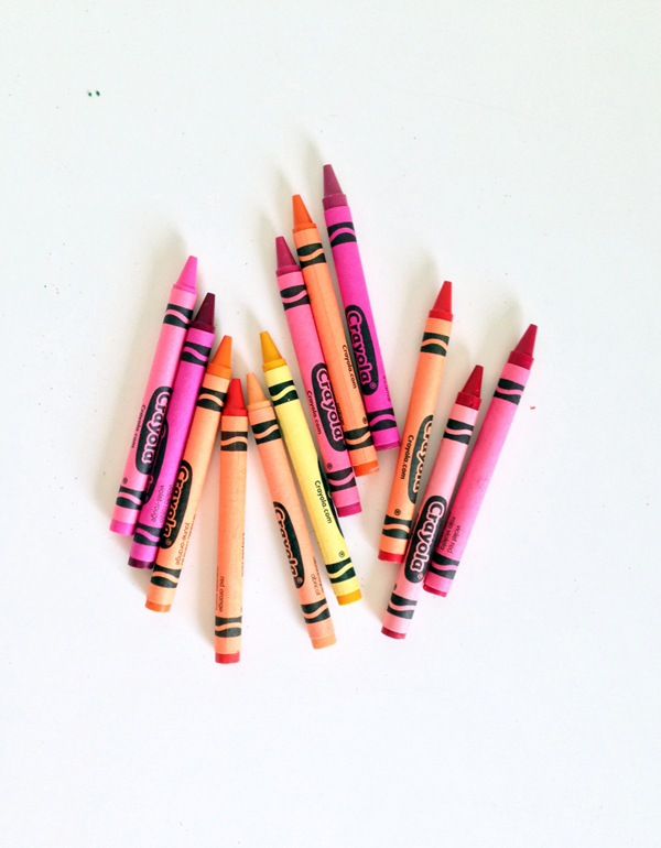 DIY lip gloss from crayons / THe Sweet Escape