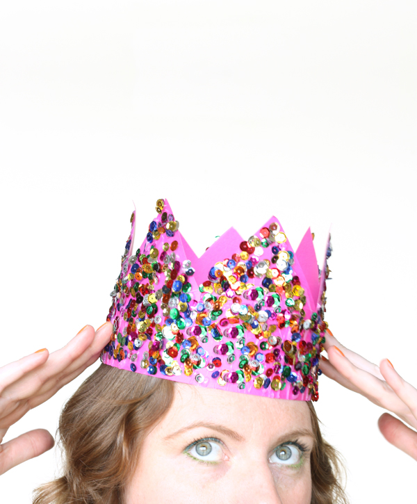 DIY: sequin party crown / The Sweet Escape
