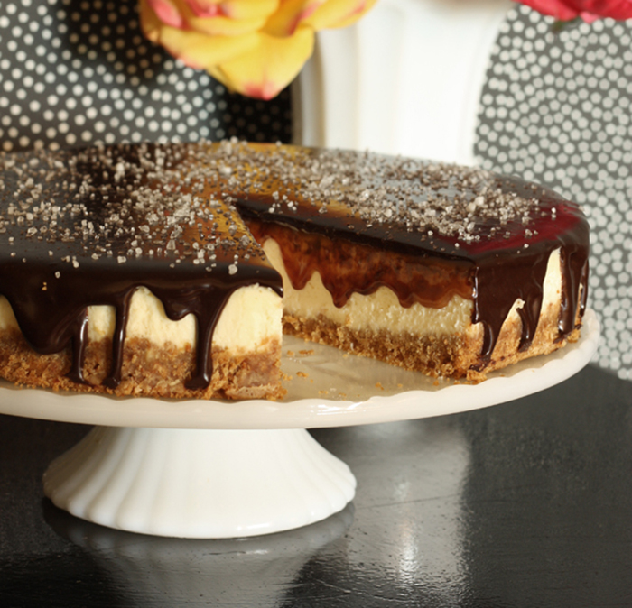 GOOD EATS: salted caramel & chocolate coconut cheesecake