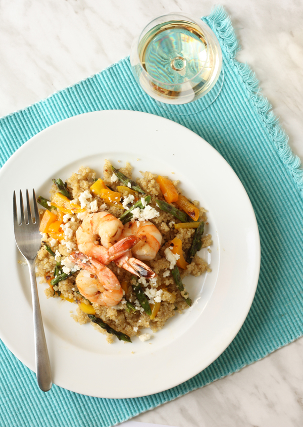 Grilled vegetable & spicy shrimp quinoa salad recipe / The Sweet Escape