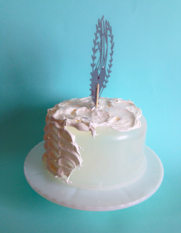 icing cake styling trick