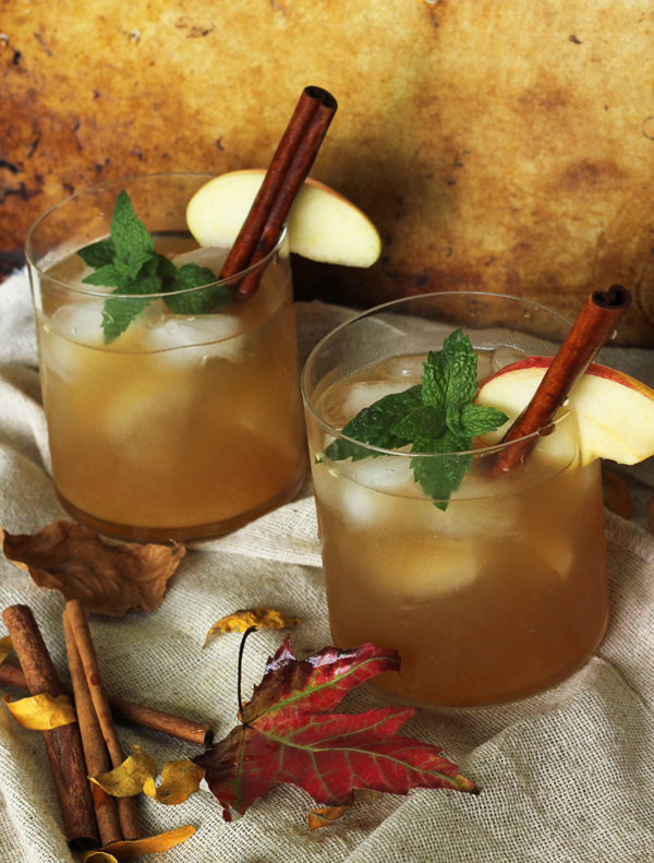 Cinnamon Spice Ice Tea Coctail / Thanksgiving / The Sweet escape