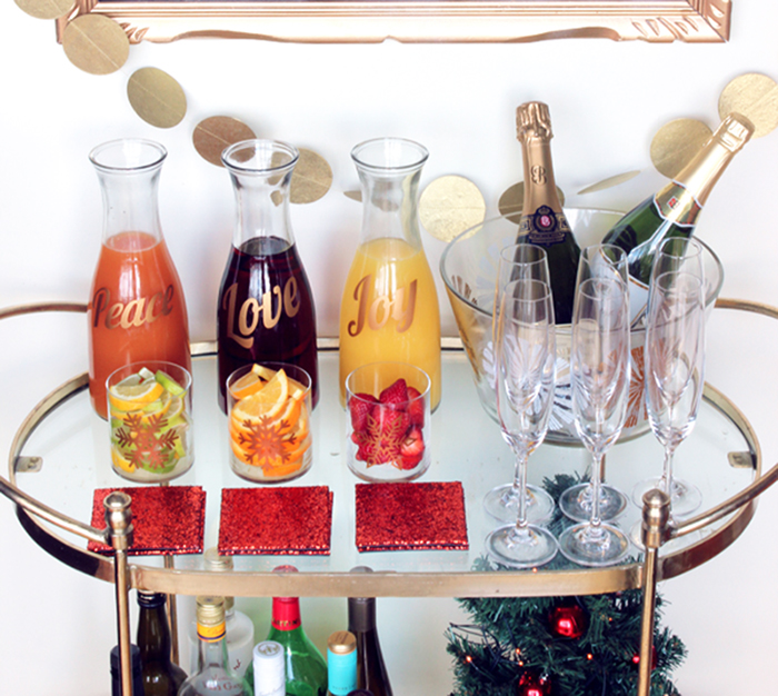 DIY: holiday cheers mimosa bar