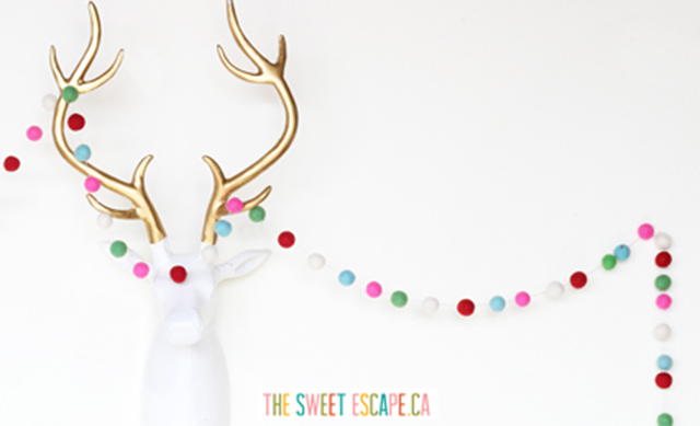 PRETTY TECH: free holiday desktop wallpaper download