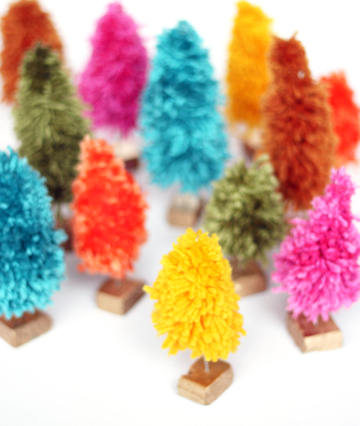 DIY: yarn mini christmas trees