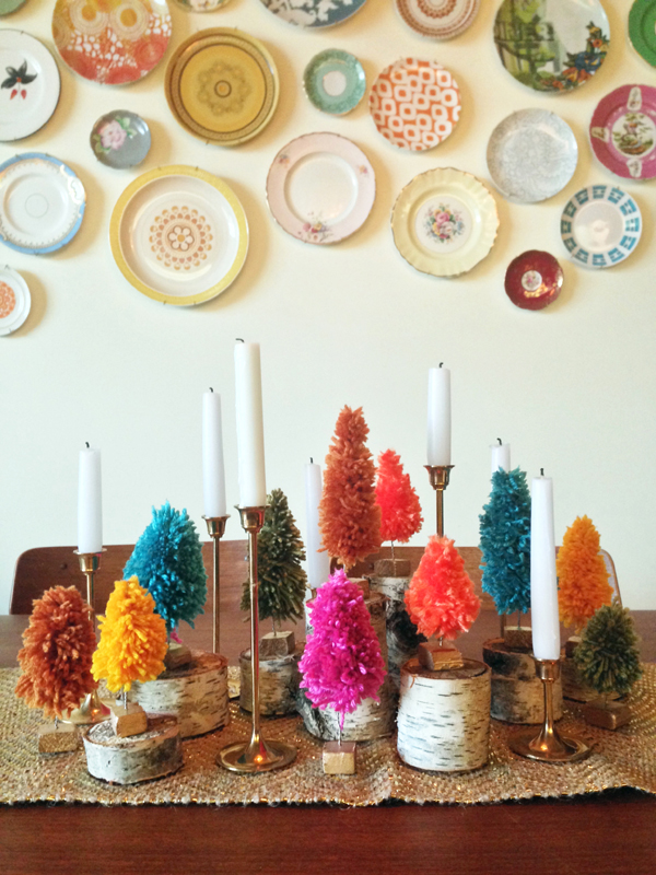 DIY Yarn bottle brush style christmas trees / The Sweet Escape
