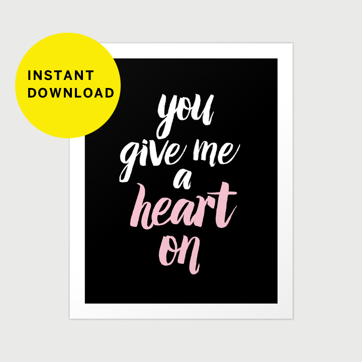 DESIGN: major heart on Valentine print & download