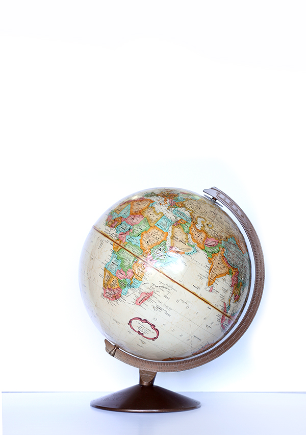 vintage globe, national thriftshop day