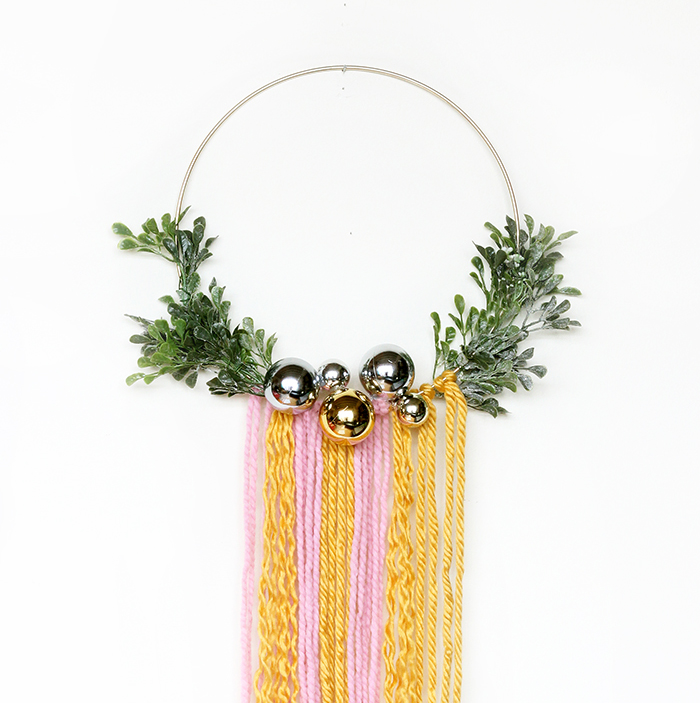 DIY Modern Wreath Wall Hanging