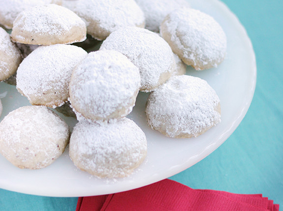 Almond Snowball Christmas Cookie Recipe by The Sweet Escape