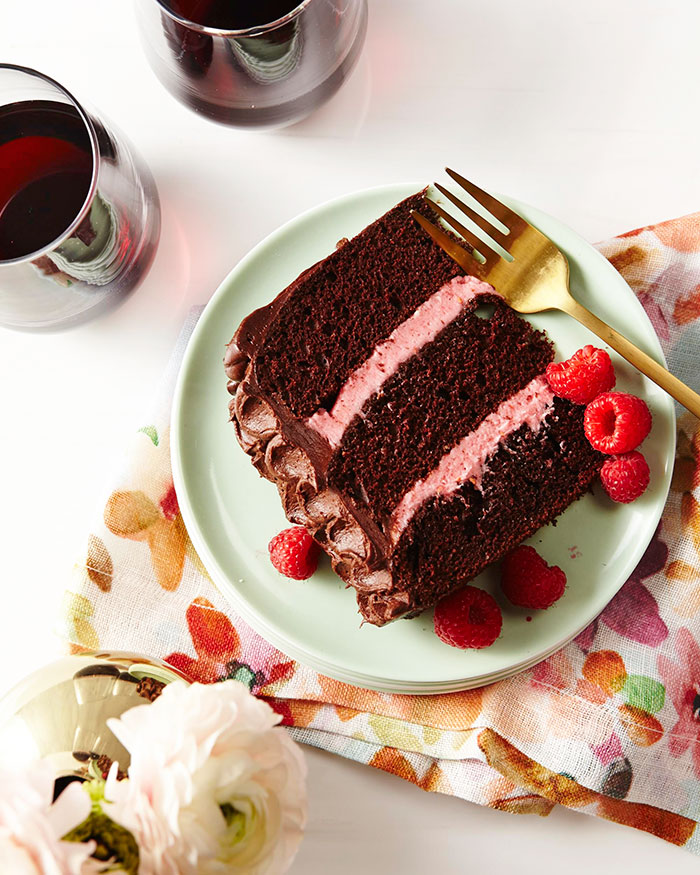 Red Wine Chocolate Cake Stop Motion Video
