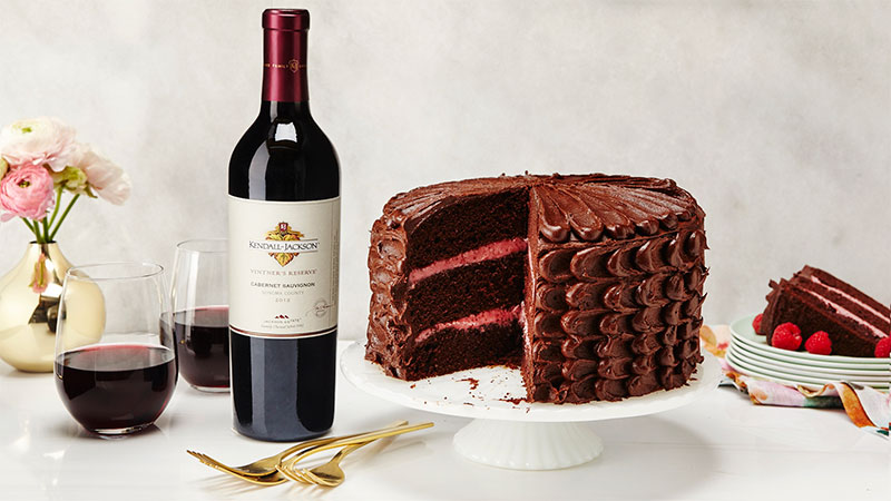 red wine chocolate cake recipe by The Sweet Escape