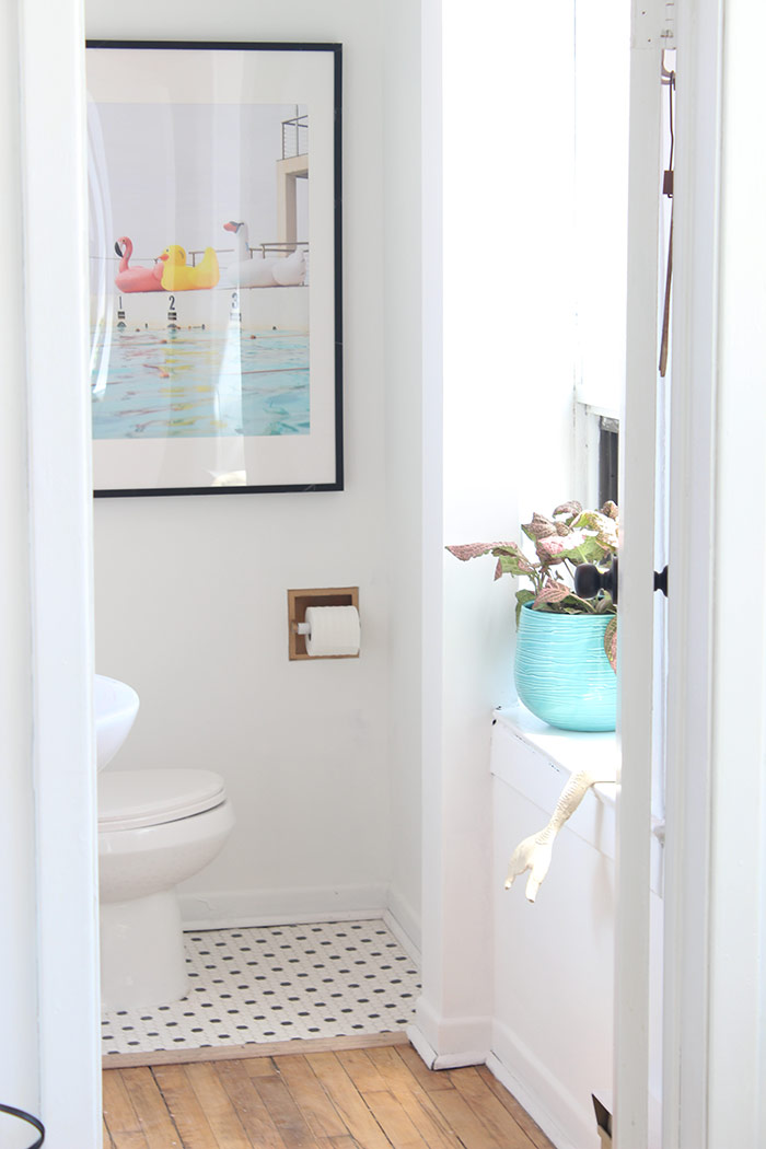 Black and Pink Bathroom makeover by The Sweet Escape