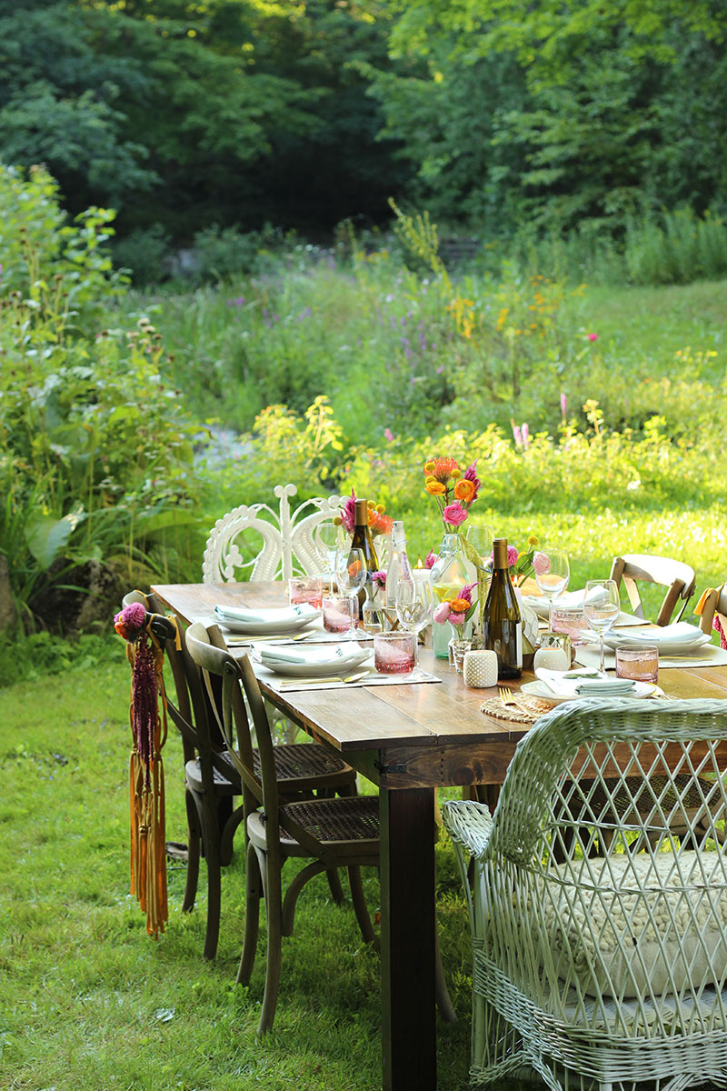 Summer Dinner Party - The Sweet Escape