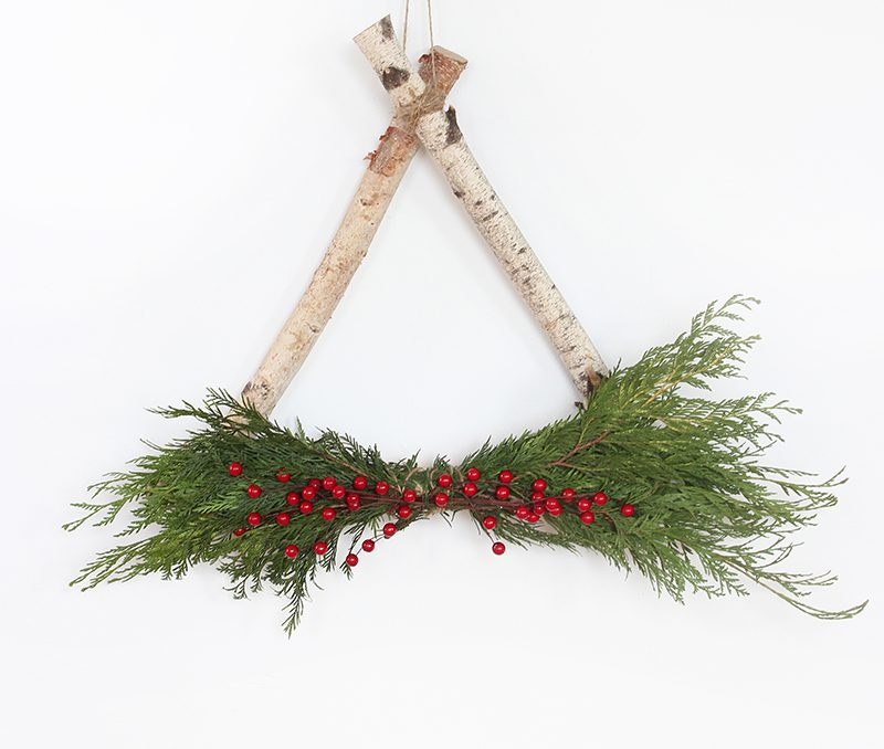 Simple DIY Holiday Wreath