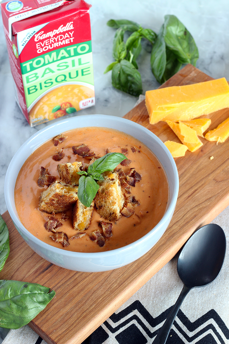Campbells Tomato Basil Bisque Everyday Gourmet Soup with grill cheese crutons